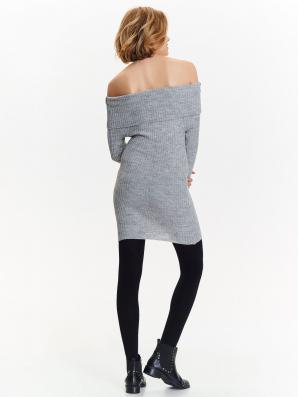 Šaty dámské pletené s odhalenými rameny