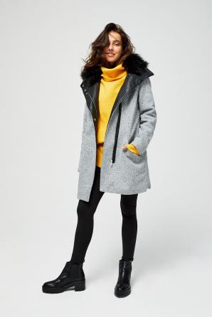 Kabát dámský s kožíškovým límcem