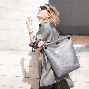 Designový batoh Cosmo, velikost M, Indigo, stříbrný