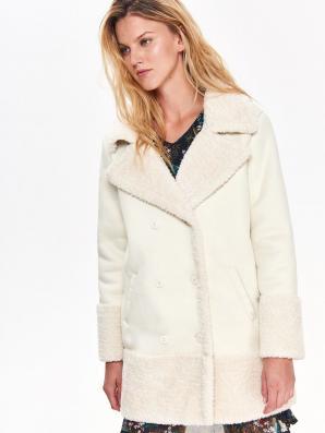 Kabát dámský smetanový s beránkem